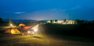 06_キャンプ場_01headquarters