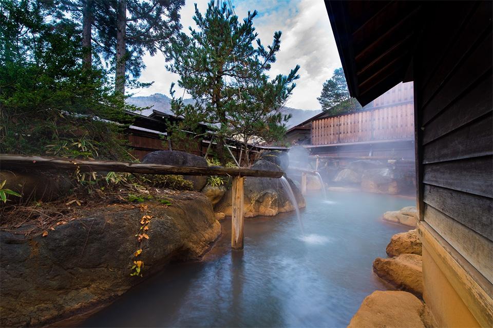 お風呂とキャンプの両方を楽しむ 温泉のあるキャンプ場 関東東北編