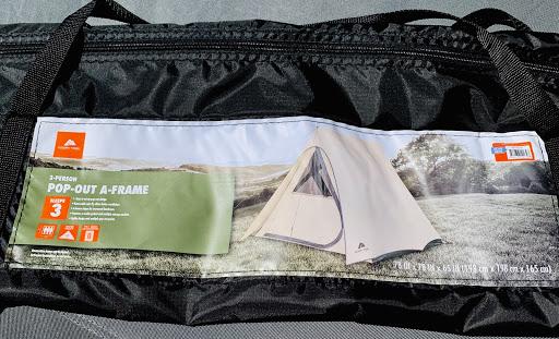 海外テントのパッケージ