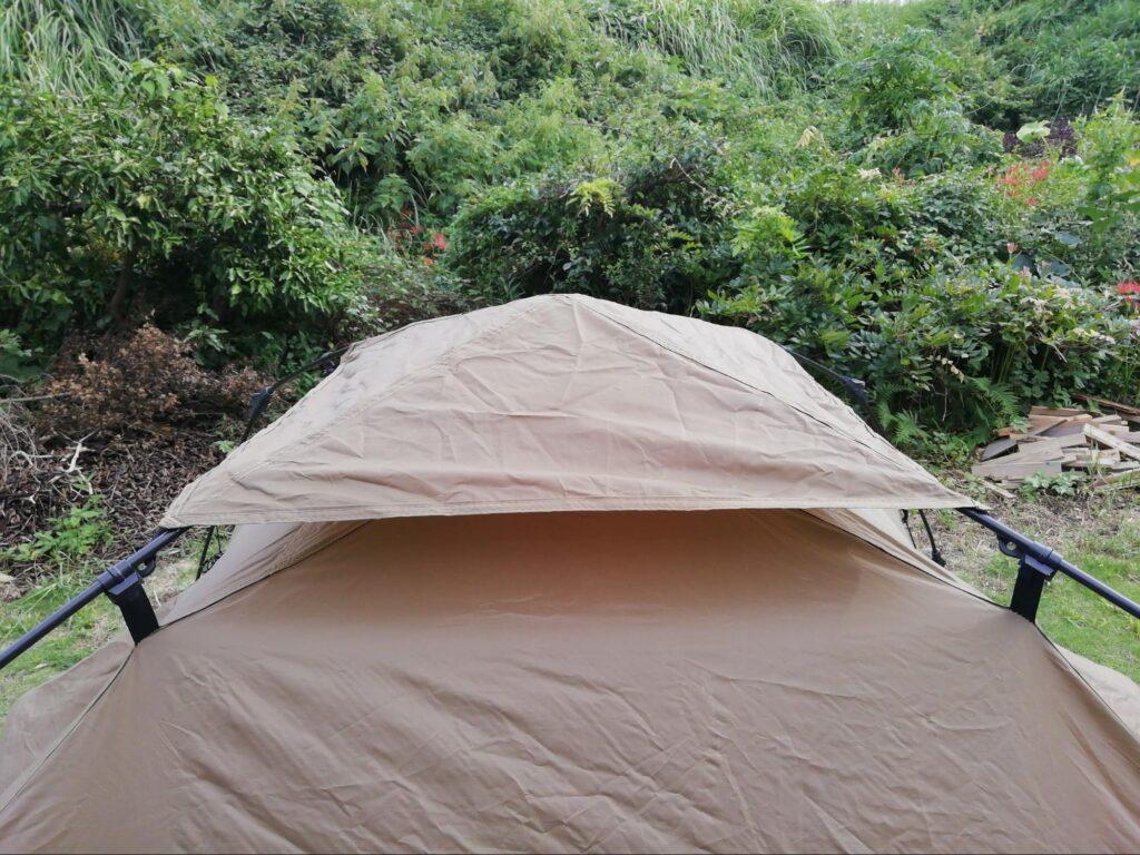 クイックキャンプワンタッチテントのトップシートの写真